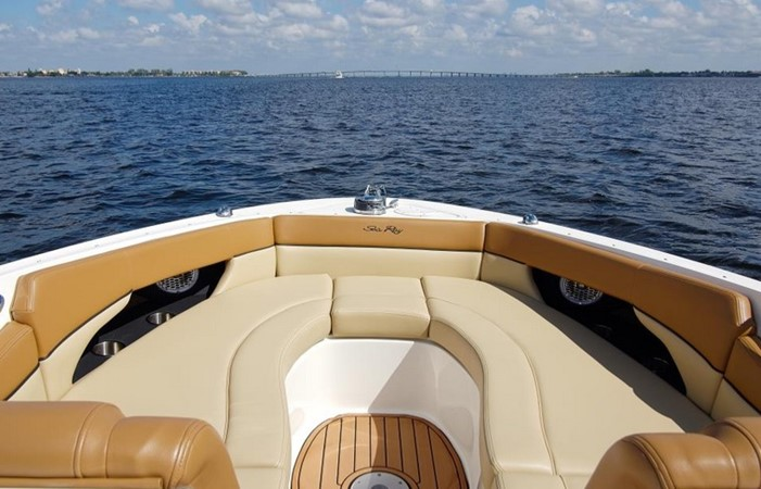 2014 SEA RAY 300 SLX Runabout 2050264