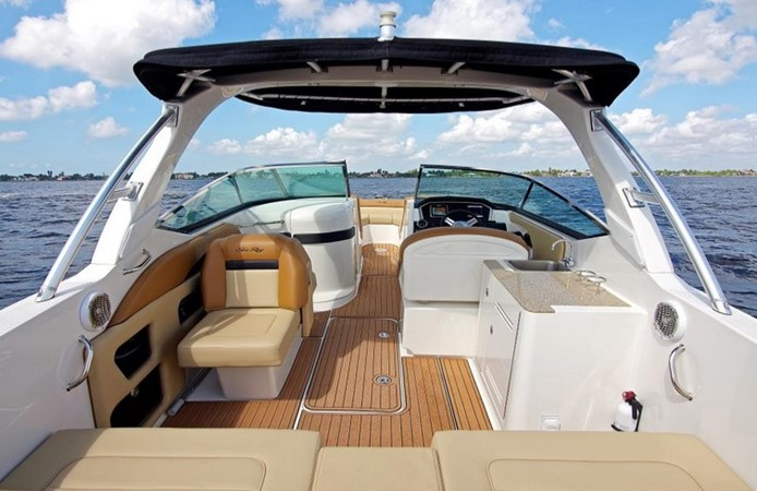 2014 SEA RAY 300 SLX Runabout 2050268