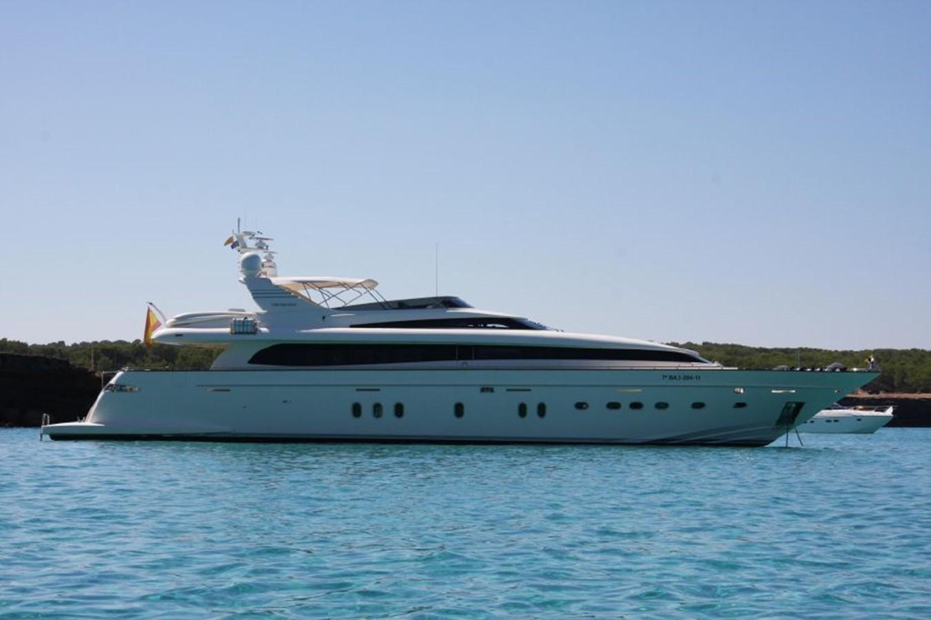 Canados 116 Bertona - At Anchor 2011 CANADOS 116 Motor Yacht 2062413