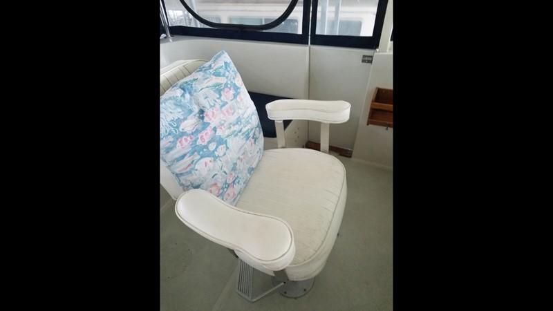 1988 Krogen 36 6 Helm Chair 1988 KADEY KROGEN 36 Manatee Tender 2062739