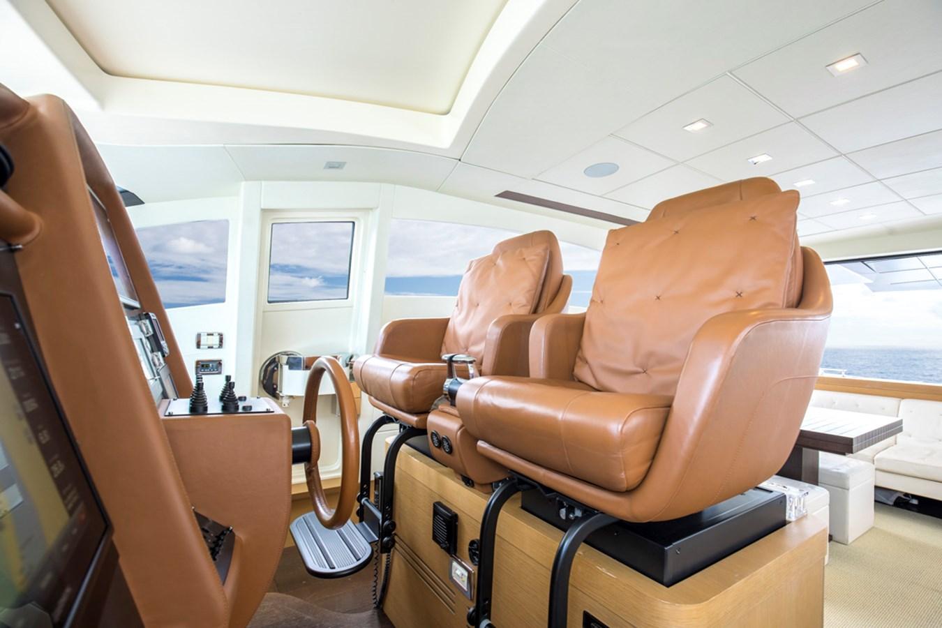 HELM SEATS 2009 PERSHING CRUISER EXPRESS Cruiser 2731057