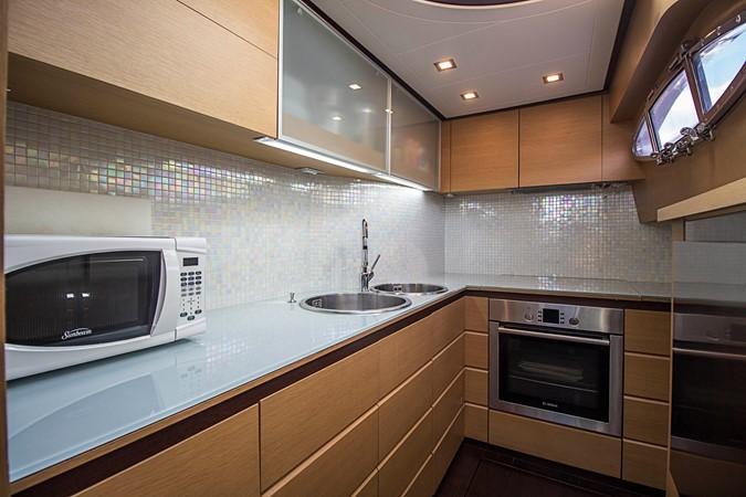 Galley 2009 PERSHING CRUISER EXPRESS Cruiser 2065043