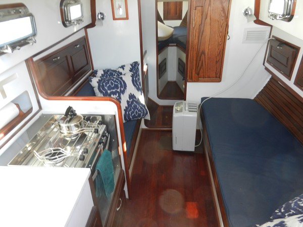1979 SOUTHERN CROSS  Aft Cockpit 2076562