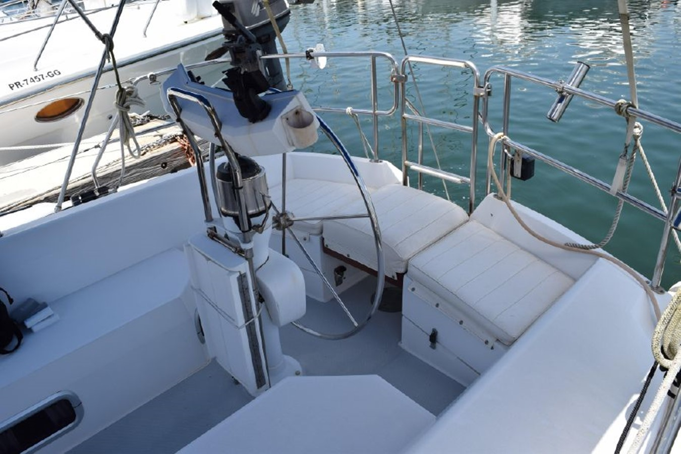 1990 CATALINA 42 Cruising Sailboat 2068118