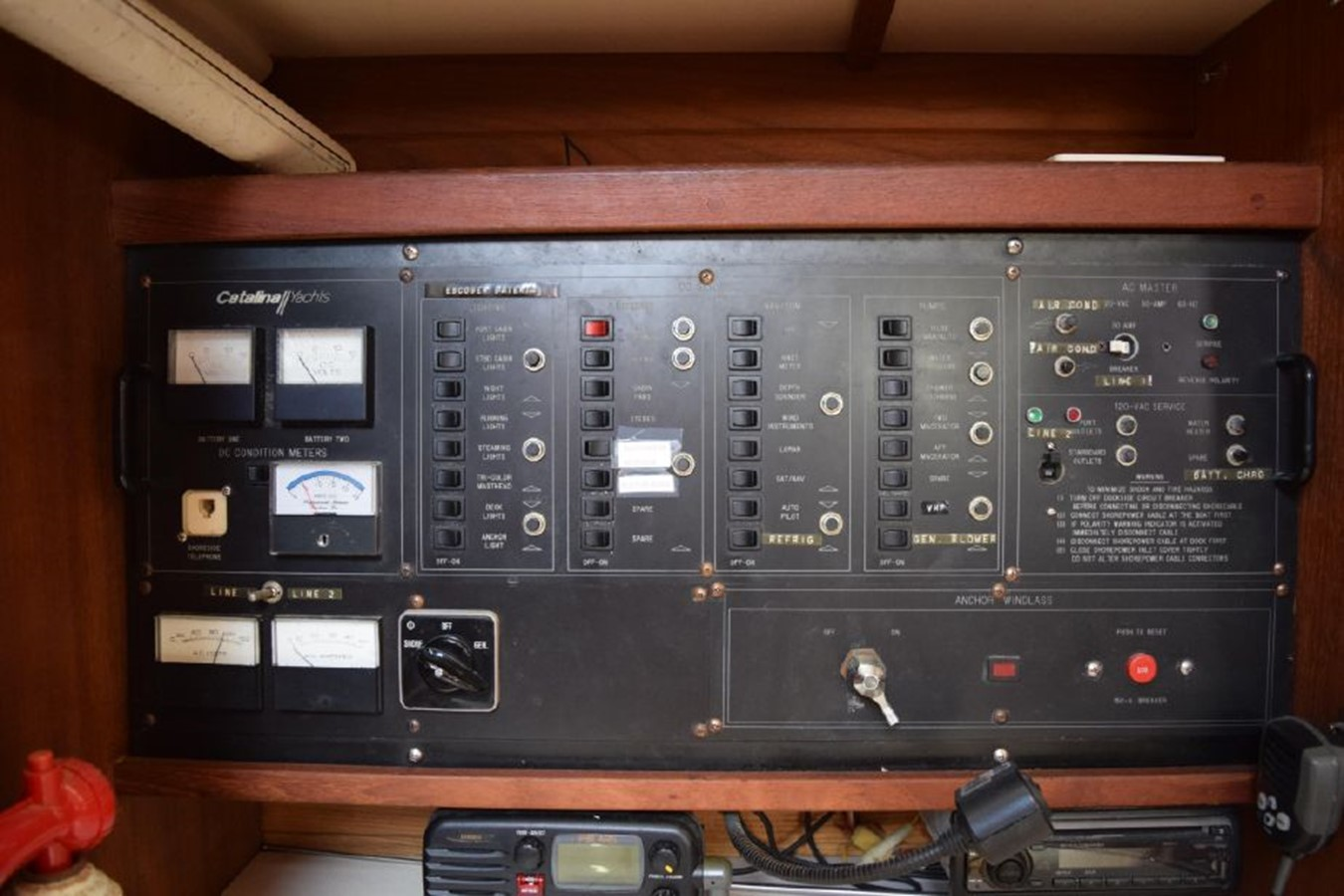 1990 CATALINA 42 Cruising Sailboat 2068136
