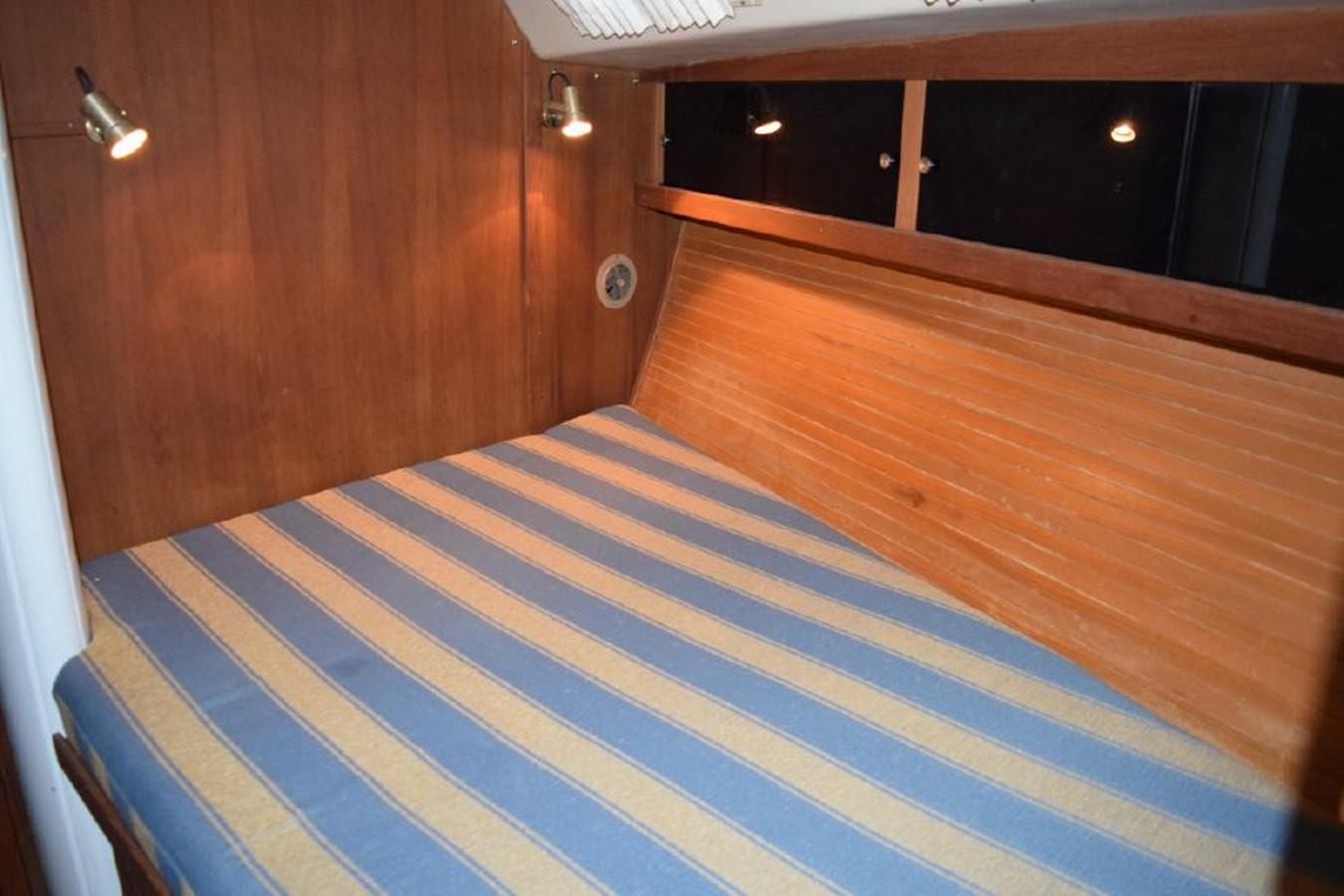 1990 CATALINA 42 Cruising Sailboat 2068143