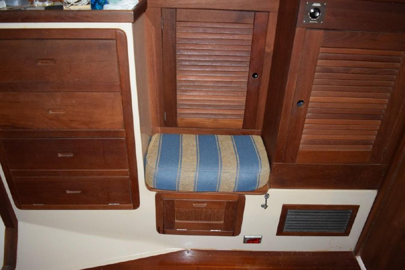 1990 CATALINA 42 Cruising Sailboat 2068144