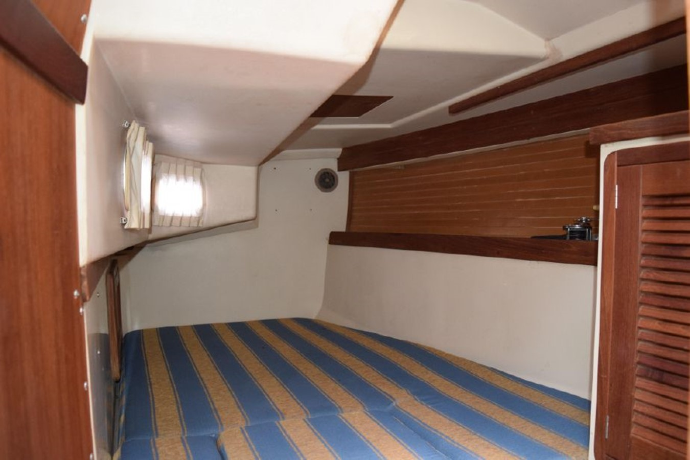 1990 CATALINA 42 Cruising Sailboat 2068145