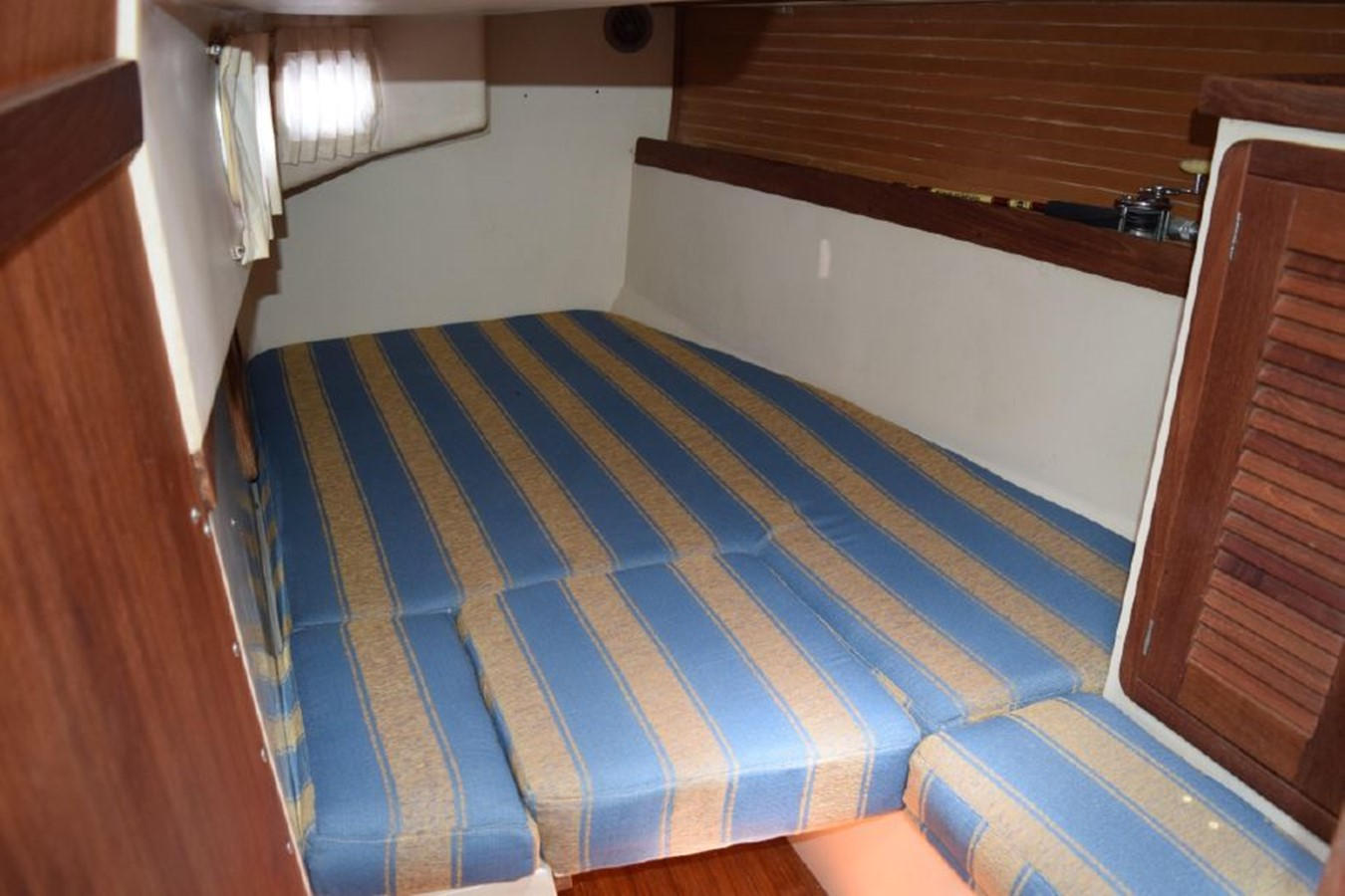 1990 CATALINA 42 Cruising Sailboat 2068146