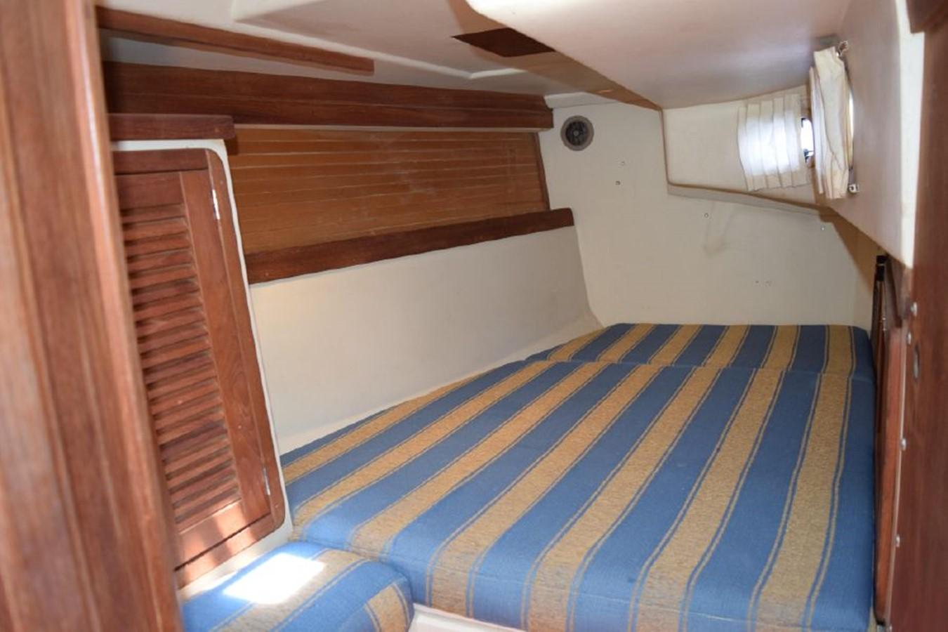 1990 CATALINA 42 Cruising Sailboat 2068147