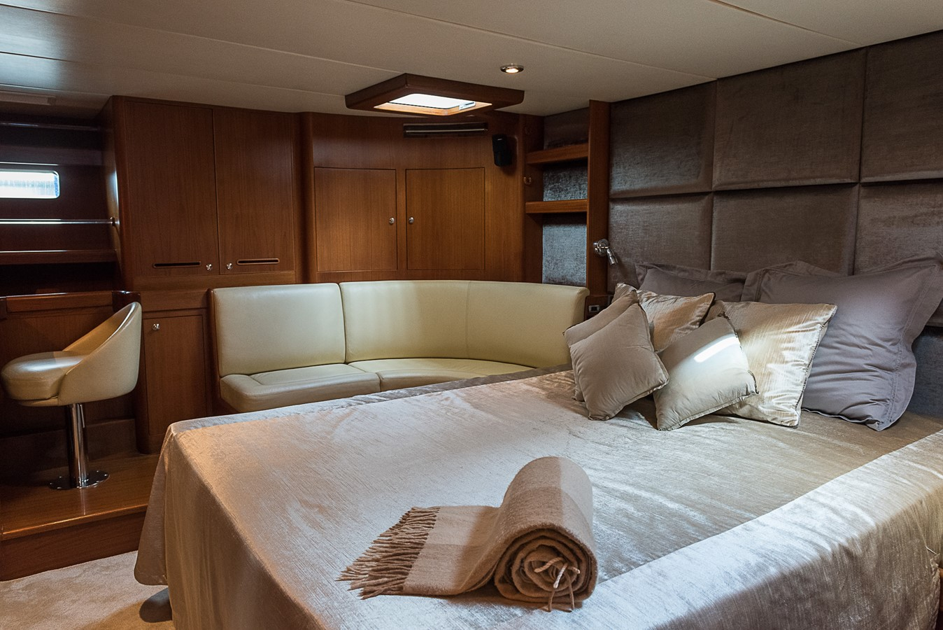 2000 NZ Yachting Development Ltd.   Sloop 2364433