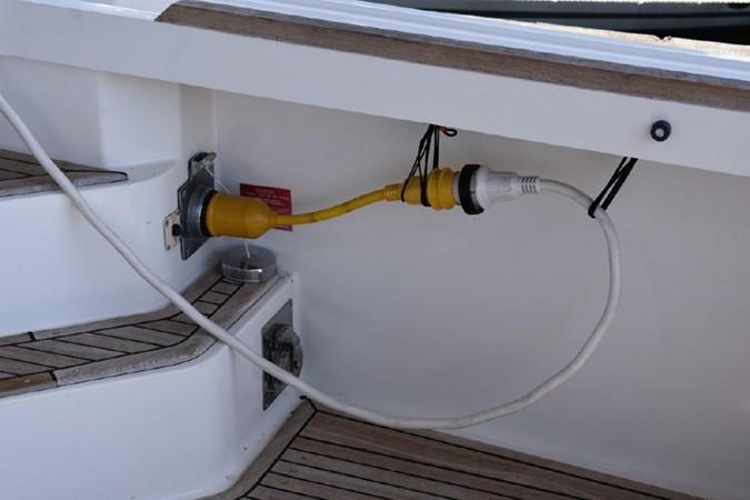 2000 GRAND BANKS Eastbay HX Motor Yacht 2082668