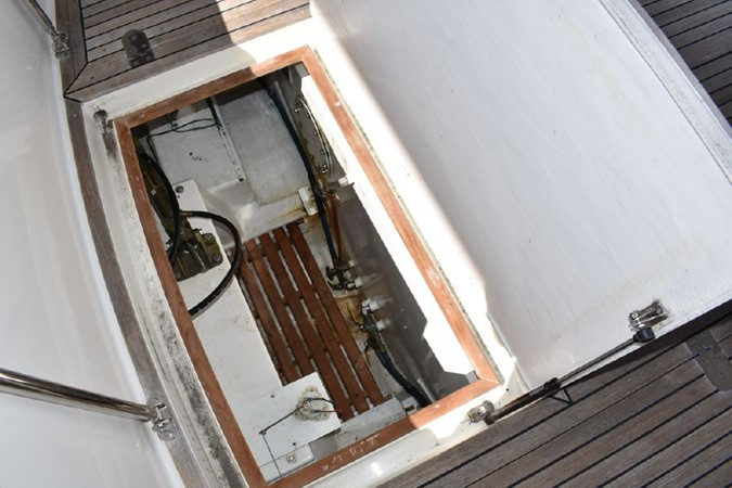 2000 GRAND BANKS Eastbay HX Motor Yacht 2082670