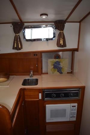 2000 GRAND BANKS Eastbay HX Motor Yacht 2082694