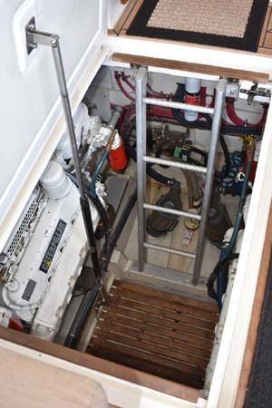 2000 GRAND BANKS Eastbay HX Motor Yacht 2082703