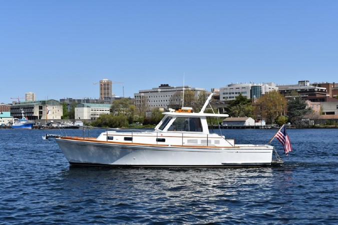 2000 GRAND BANKS Eastbay HX Motor Yacht 2082710