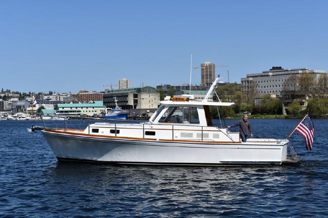 2000 GRAND BANKS Eastbay HX Motor Yacht 2082711