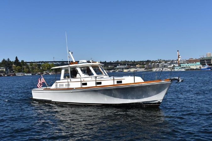 2000 GRAND BANKS Eastbay HX Motor Yacht 2082715