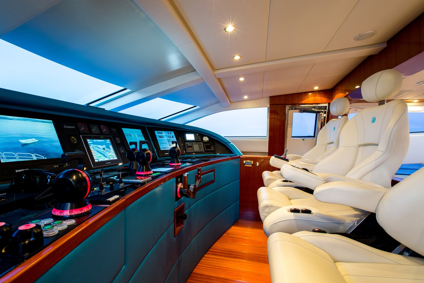 2008 LEOPARD 34 Motor Yacht 2088254