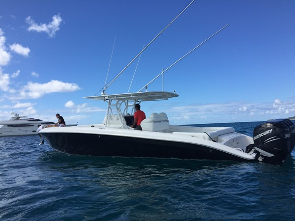 Motor Vessal Amizad: EnCore 2011 HORIZON Motor Yacht MLS #246747