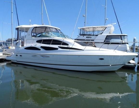 2004 Cruisers Yachts   2116139