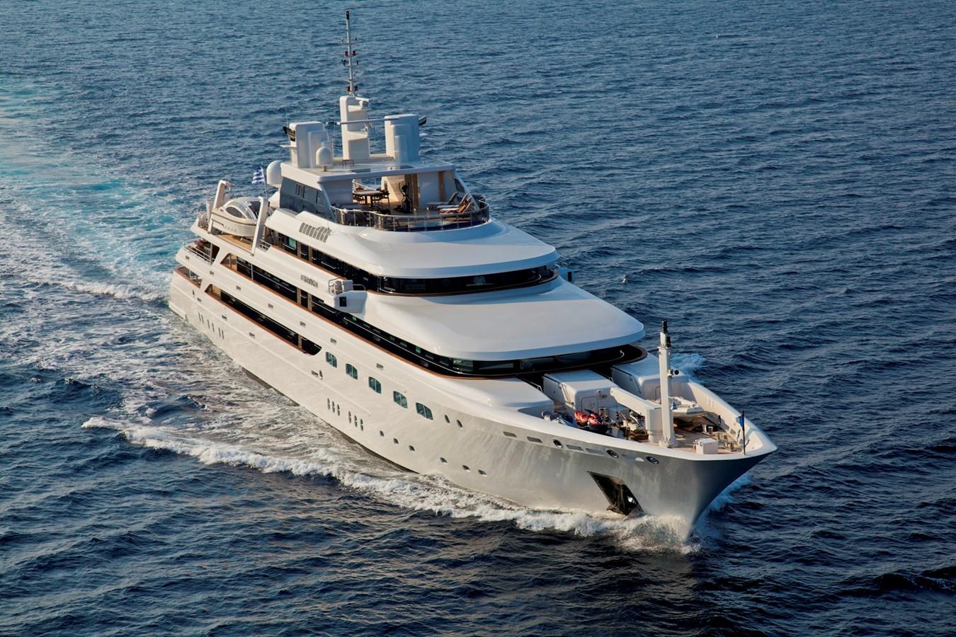 2004 GOLDEN YACHTS  Mega Yacht 2161806