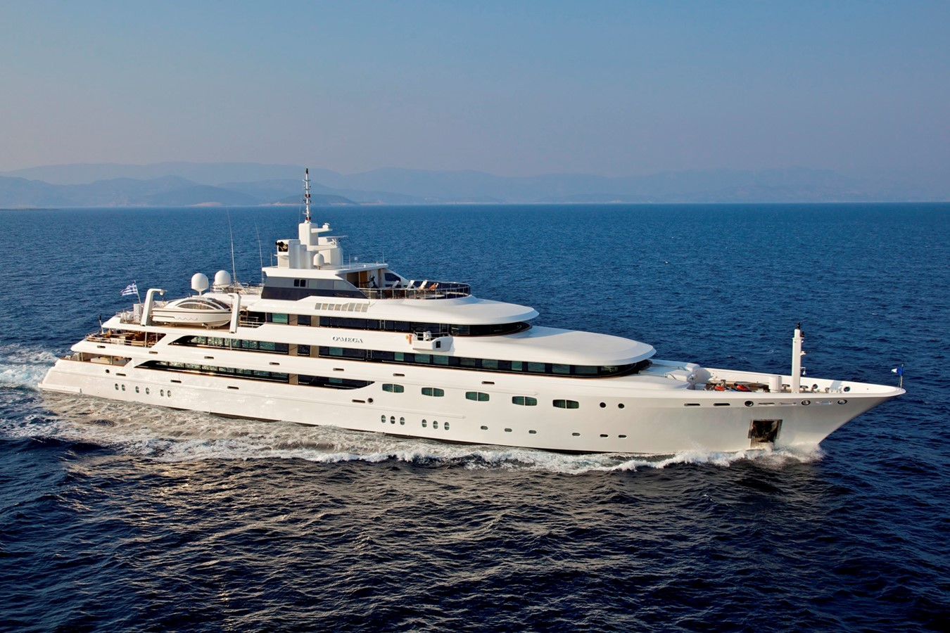 2004 GOLDEN YACHTS  Mega Yacht 2161817