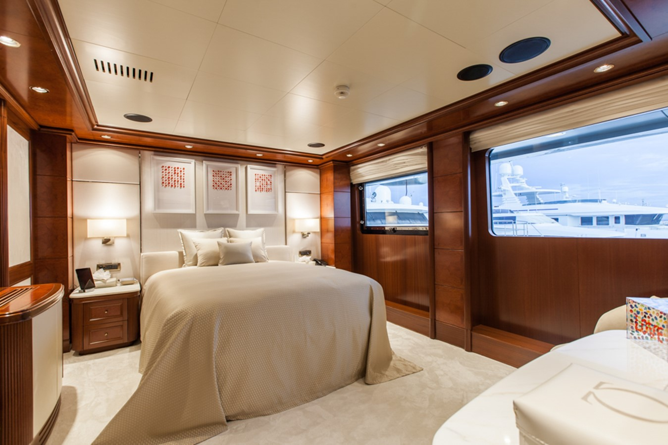 2004 GOLDEN YACHTS  Mega Yacht 2161820
