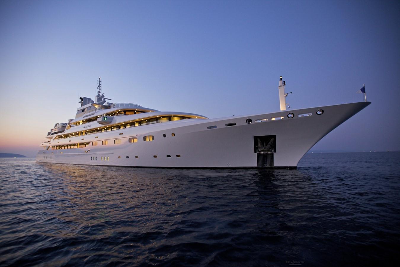 2004 GOLDEN YACHTS  Mega Yacht 2161841