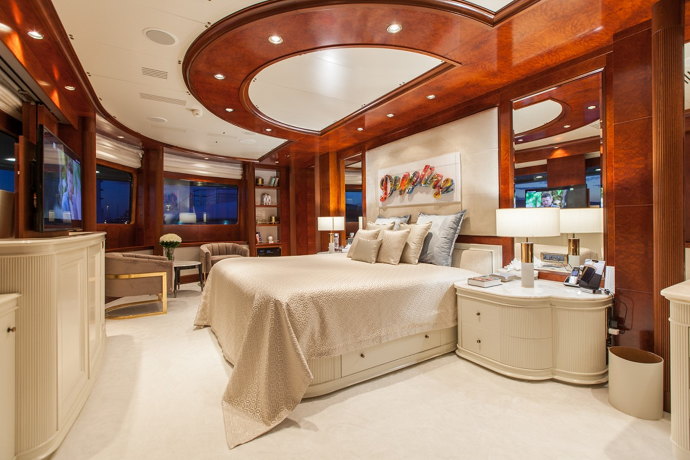 2004 GOLDEN YACHTS  Mega Yacht 2161847