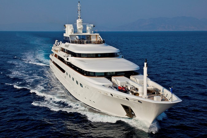 2004 GOLDEN YACHTS  Mega Yacht 2161826