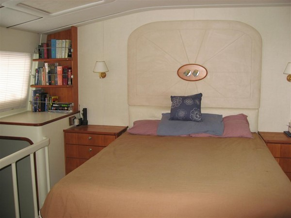 Master Cabin 2009 CUSTOM Catamaran  2162989