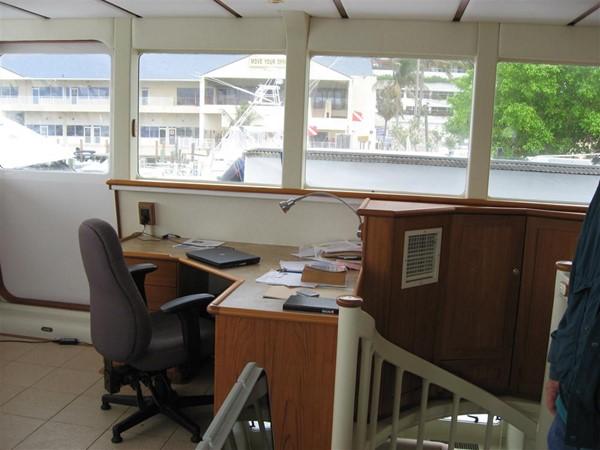 Helm Desk 2009 CUSTOM Catamaran  2162999