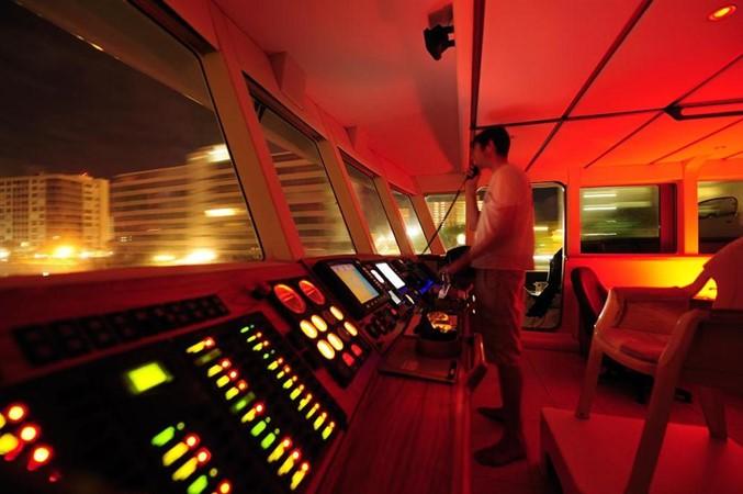 Pilothouse Night 2009 CUSTOM Catamaran  2163017