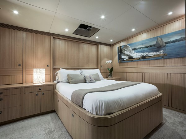 2012 YACHTING DEVELOPMENTS, NZ 90' Ullberg Design Sport Fisherman 2167780