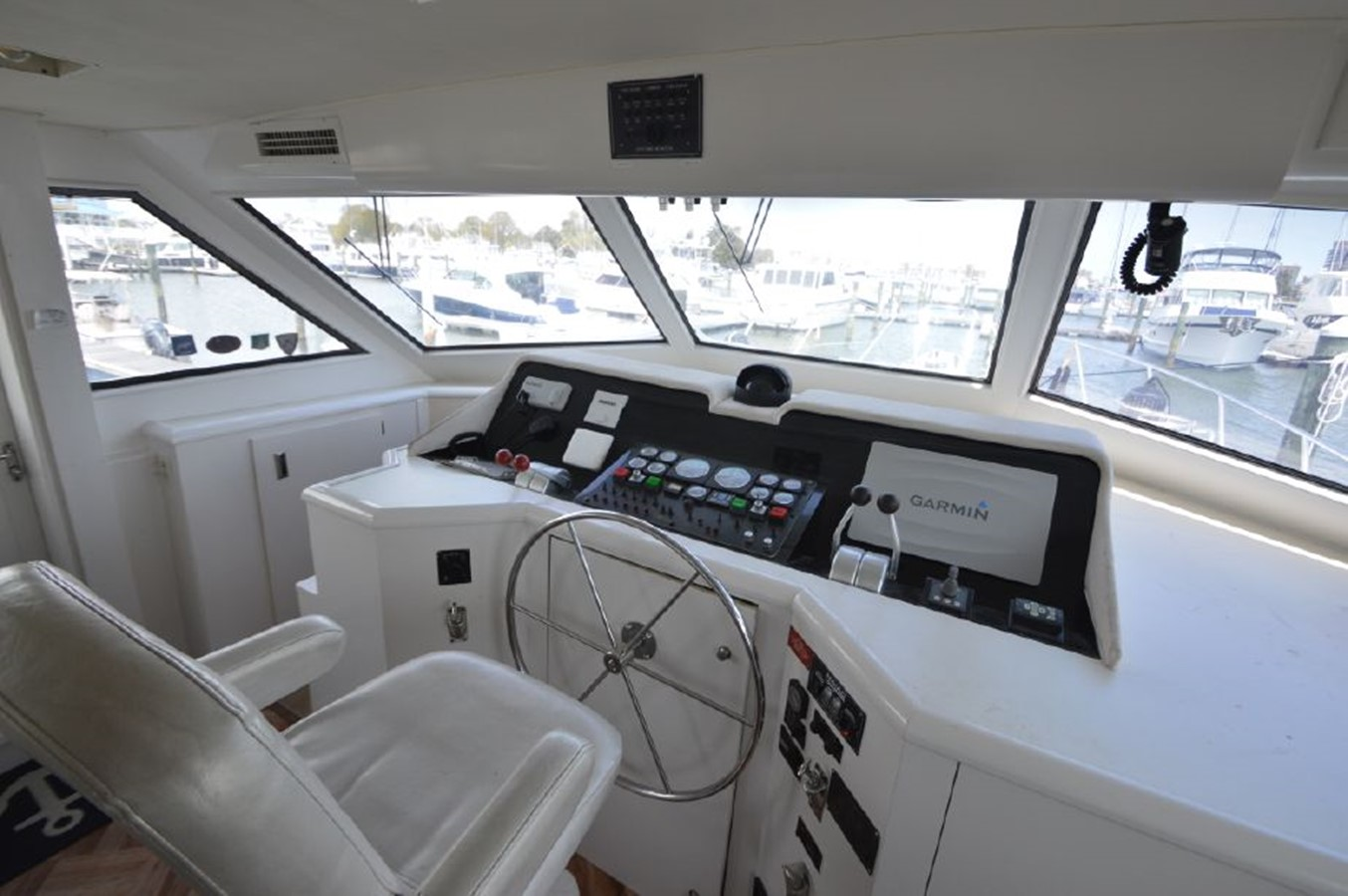 Helm - 54 HATTERAS For Sale