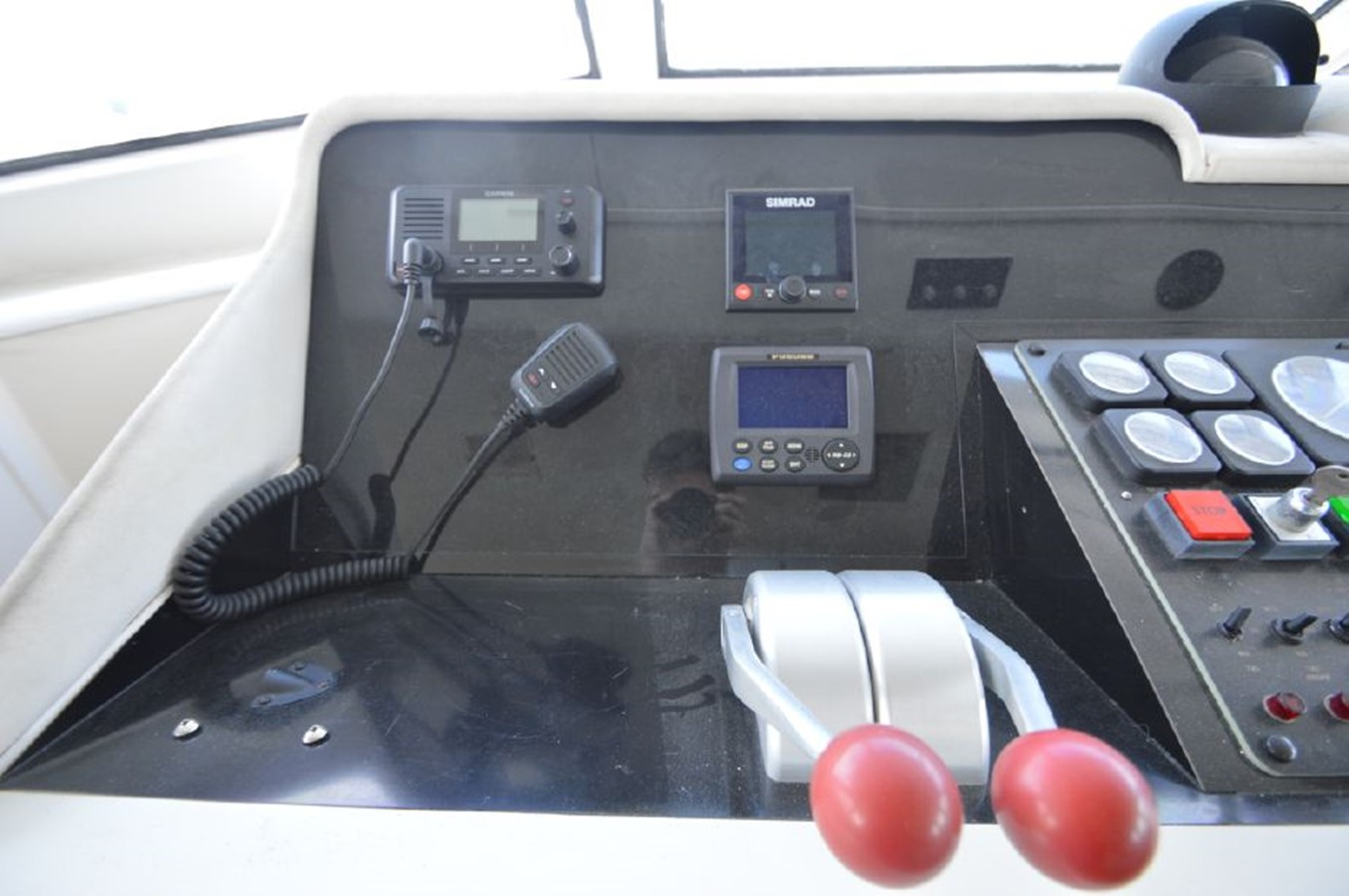 Controls - 54 HATTERAS For Sale