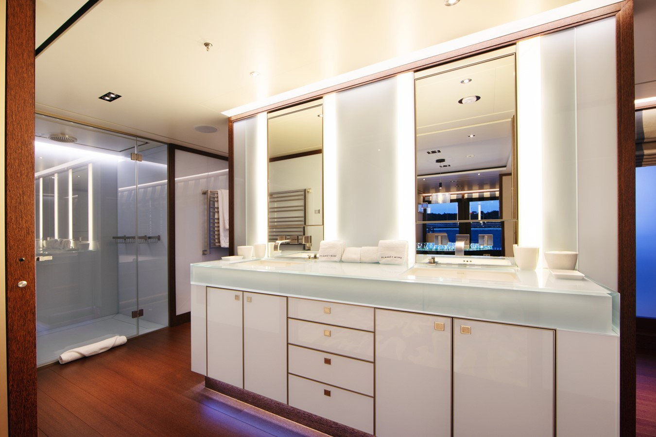 Master Bathroom with Tub Outboard 2018 ADMIRAL Long Range Motor Yacht Motor Yacht 2172578
