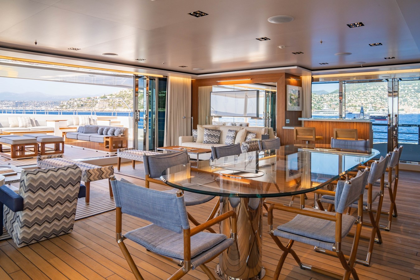 Inside Outside Lounge 2018 ADMIRAL Long Range Motor Yacht Motor Yacht 2339236