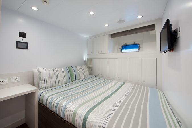 Captain's Cabin 2018 ADMIRAL Long Range Motor Yacht Motor Yacht 2172558