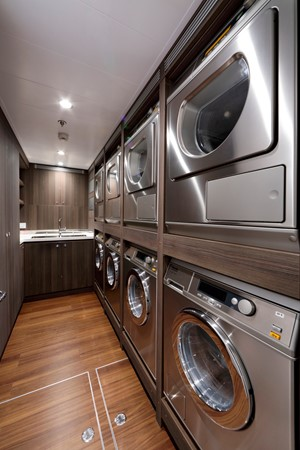 Laundry 2018 ADMIRAL Long Range Motor Yacht Motor Yacht 2172559