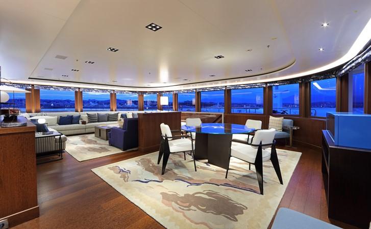 Owner's Observation Salon 2018 ADMIRAL Long Range Motor Yacht Motor Yacht 2172584