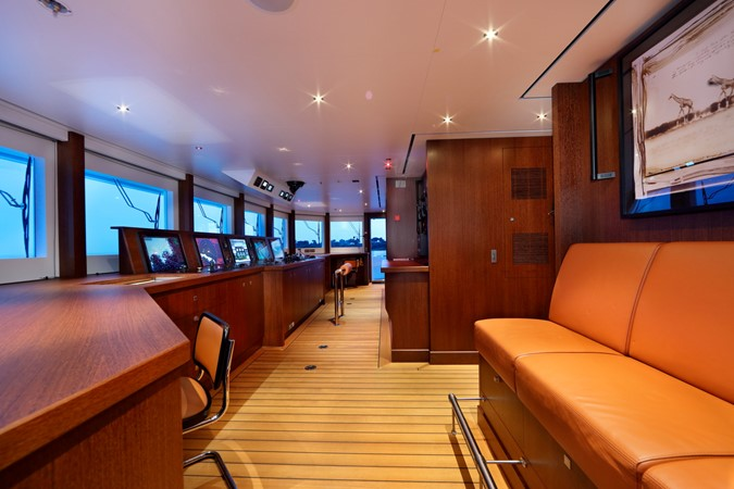 Bridge 2018 ADMIRAL Long Range Motor Yacht Motor Yacht 2172585
