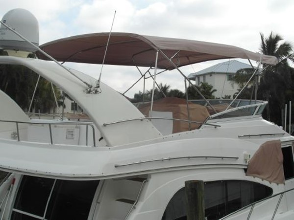 2001 Cruisers Yachts 5000 Sedan Sport  2174370