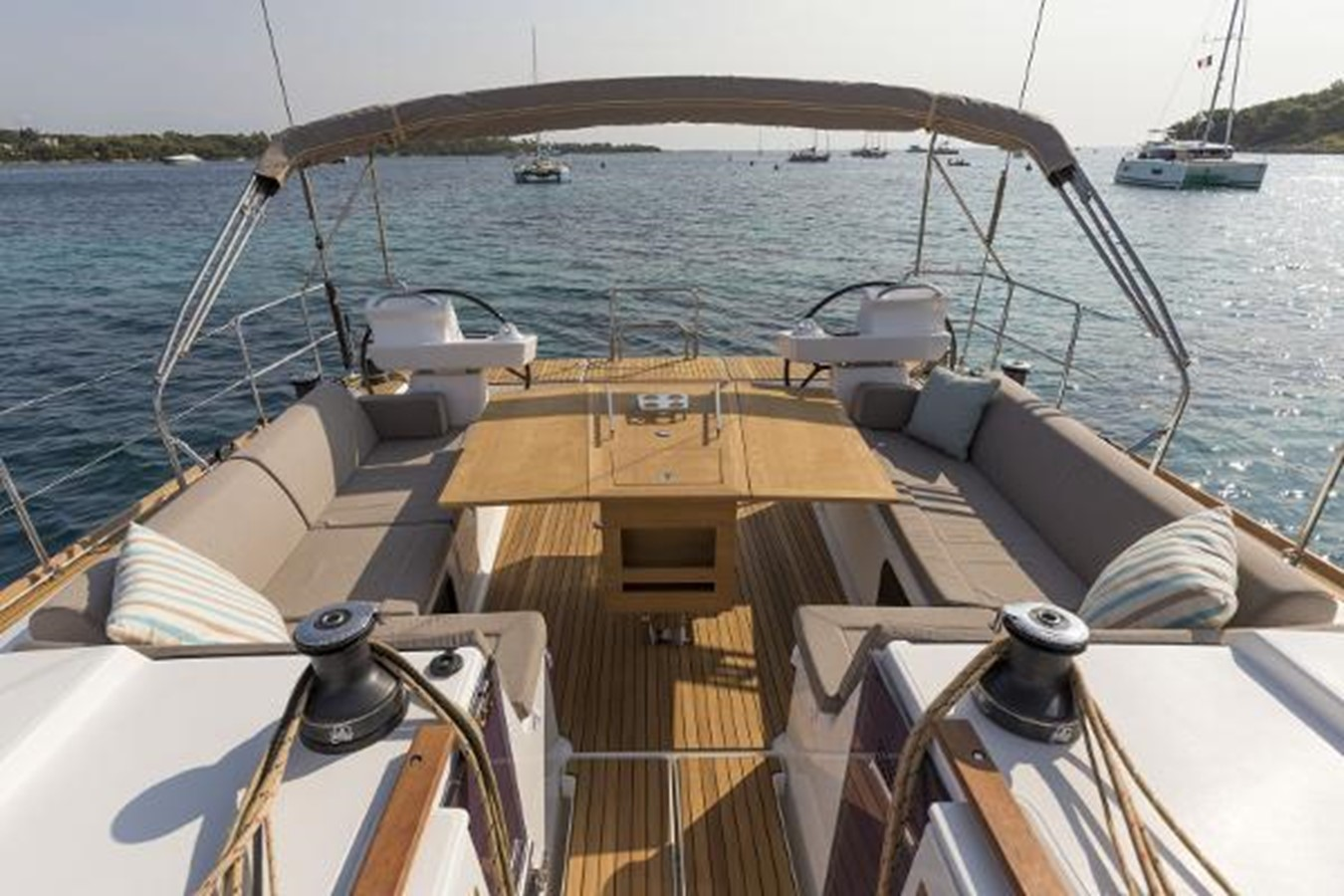 Manufacturer Provided Image: Dufour 520 Grand Large 2019 DUFOUR 520 Grand Large Classic Yacht 2179776