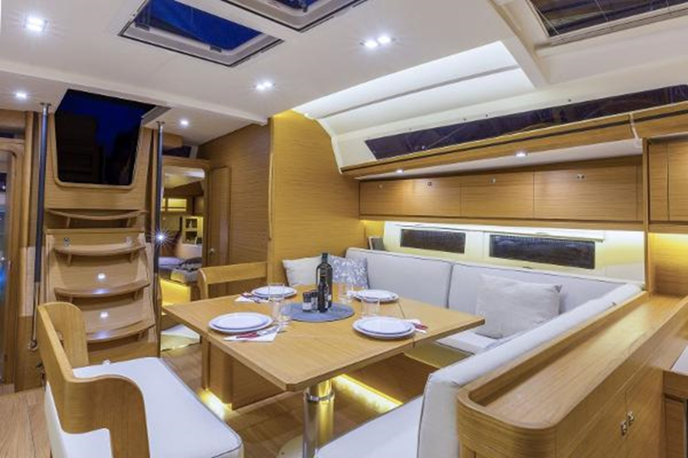 Manufacturer Provided Image: Dufour 520 Grand Large 2019 DUFOUR 520 Grand Large Classic Yacht 2179777