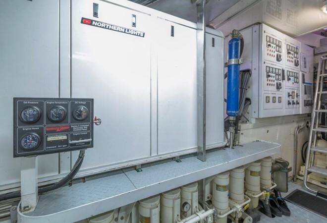 Engine Room 2000 ALLOY  Sloop 2181188