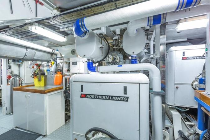 Engine Room 2000 ALLOY  Sloop 2181201