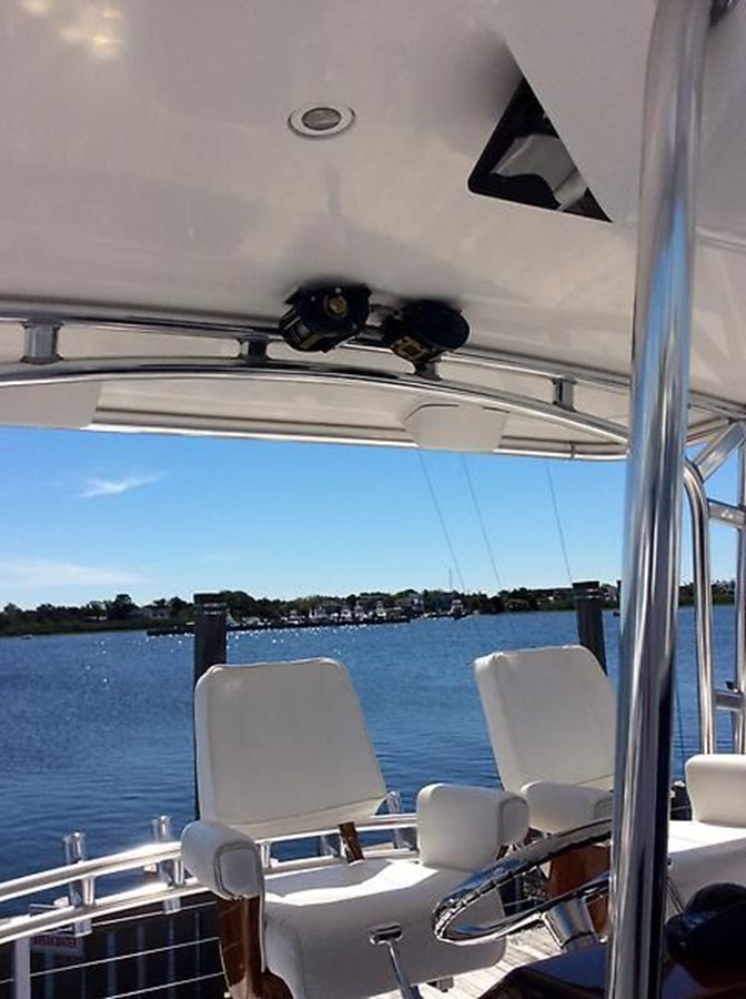 53' Jarrett Bay - Helm Seating - 53 JARRETT BAY For Sale