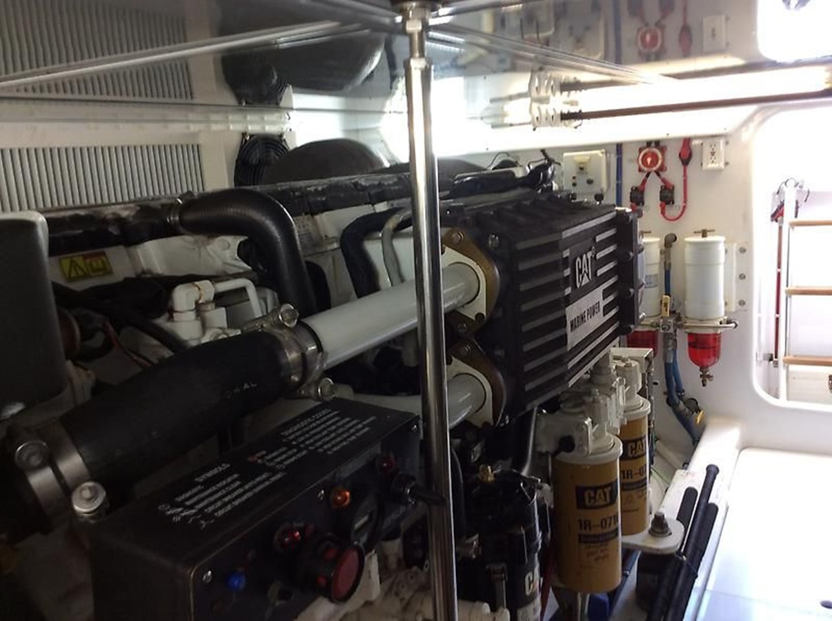 53' Jarrett Bay - Engine Room 10 - 53 JARRETT BAY For Sale